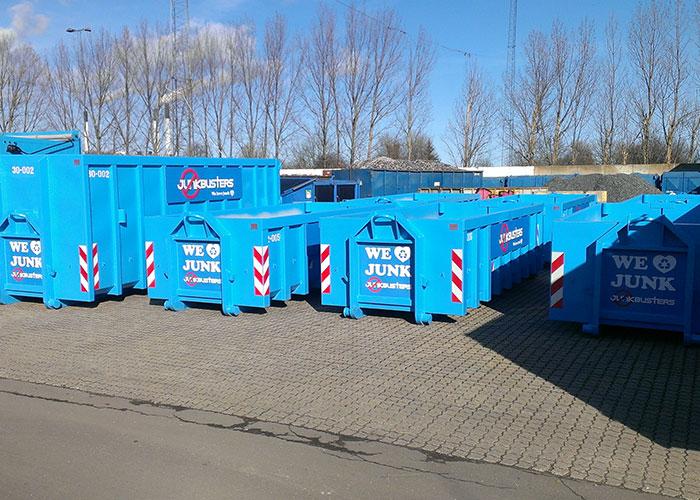 I dag herinde skal det handle om en affaldscontainer, som kan komme hjem til dig selv. Jeg håber, at I vil læse med og lære mere om dette firma